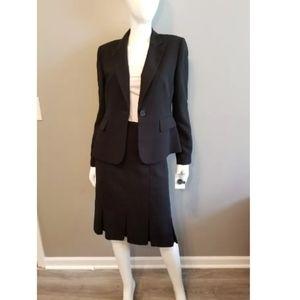 NWT 2 Piece Suit Nipon Boutique sz 8